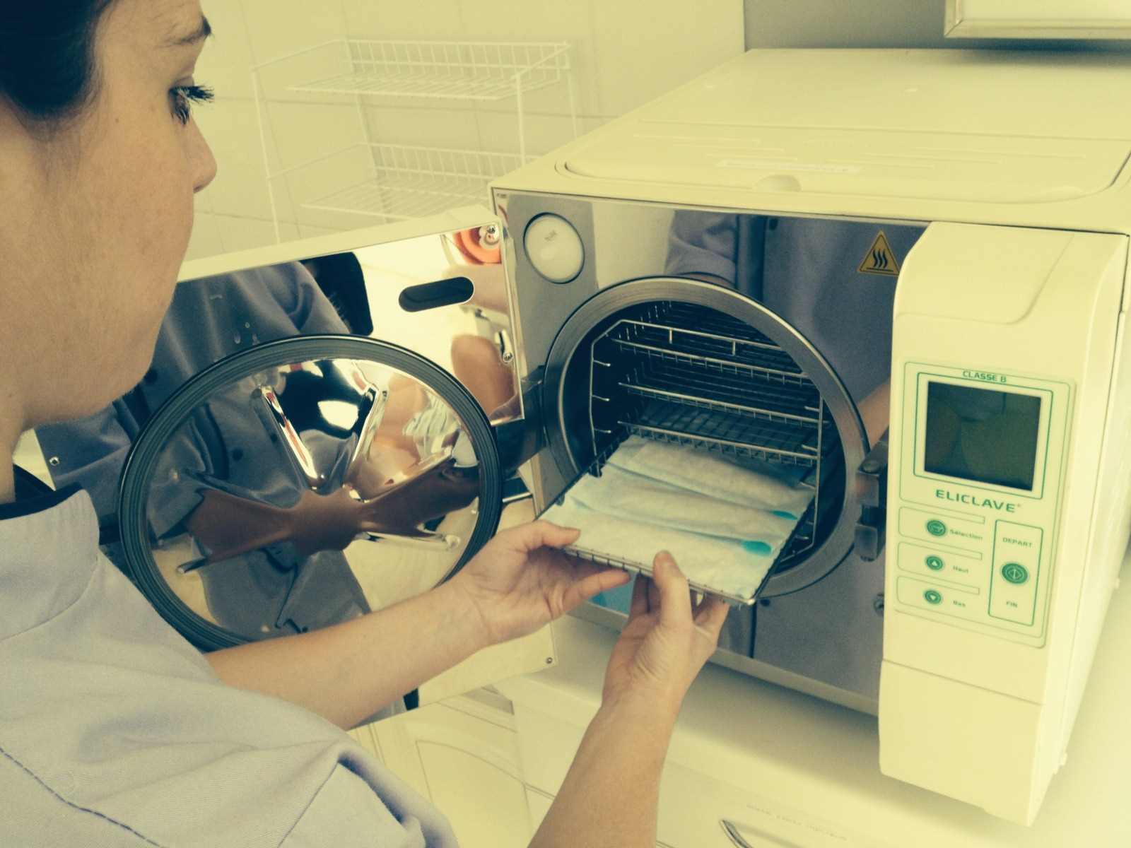 stérilisation des instruments par autoclave